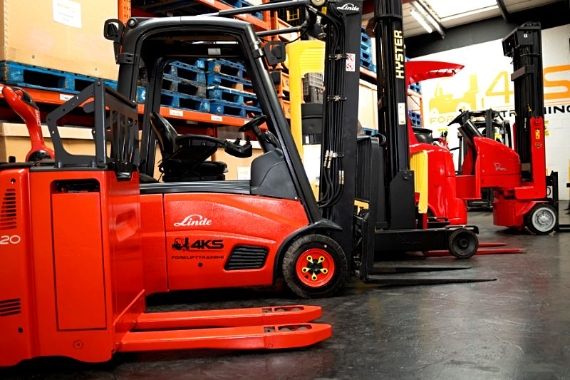 forklift training corby 4KS Forklift Training